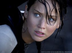 catching-fire-trailer_00