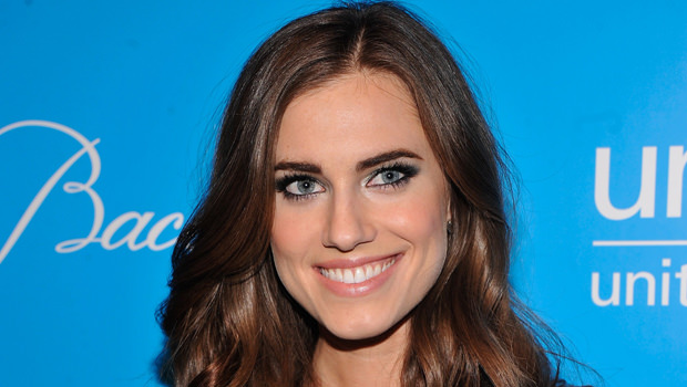 peter-pan-live-allison-williams_00