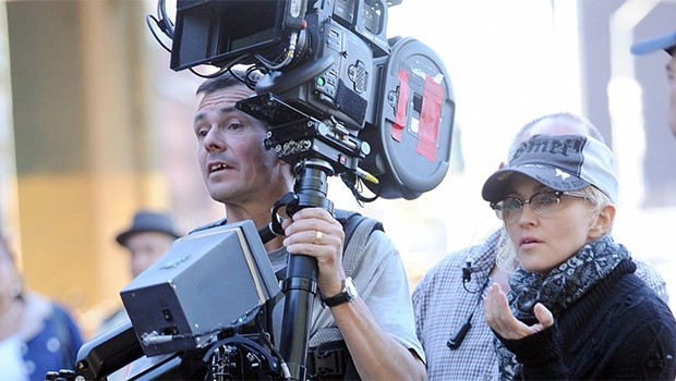 マドンナ監督作『Adé: A Love Story』の脚本に『レッスン!』のダイアン・ヒューストン