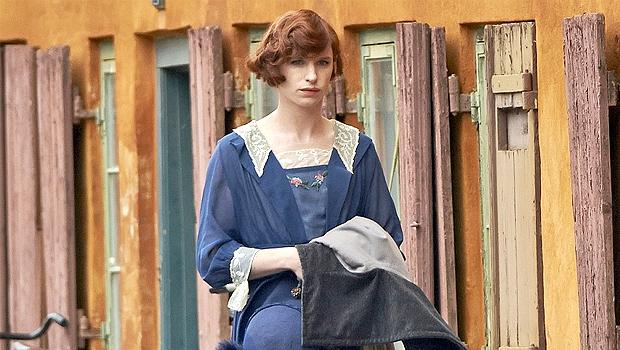 世界初の性転換手術を受けた芸術家の男性をエディ・レッドメインが演じる『The Danish Girl』ポスター画像公開