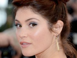 gemma-arterton-like-a-virgin_00