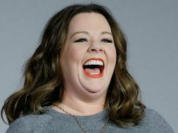 mtv-movie-awards-2016-melissa-mccarthy-comedic-genius-honor_00