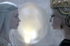 huntsman-winters-war-j-sister-vs-clip_00