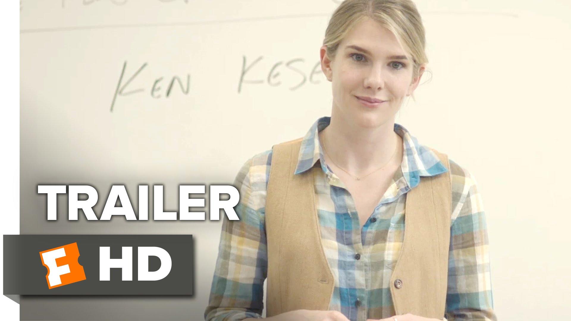 生徒たちを演劇大会に引率するハメになった高校女教師を描く『Miss Stevens』予告編