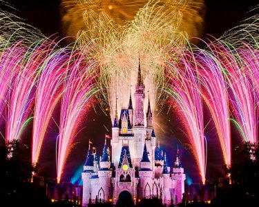 wdw-fireworks-song-happily-ever-after_00