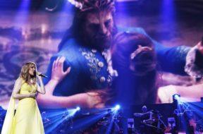 【映像あり】セリーヌ・ディオン、『美女と野獣』のエンド・クレジット曲をコンサートで初披露