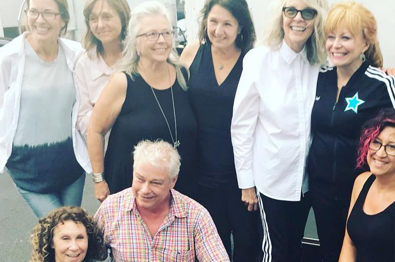 ダイアン・キートン、ジャッキー・ウィーヴァー、パム・グリア共演、チア映画『Poms』の全米公開日が決定