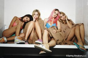 Spring_Breakers_bd_dvd_release_00