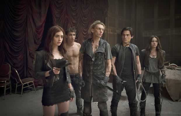 the-mortal-instruments-city-of-ashes-stop_01