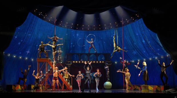 『シカゴ』『ヘアスプレー』のプロデューサーチームがミュージカル「ピピン」を映画化