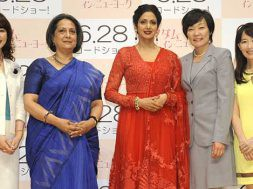 english-vinglish-opening-day-event_00