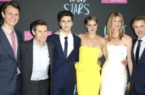 fault-in-box-office-no1-start_00