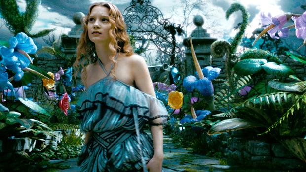 『アリス・イン・ワンダーランド』続編『Alice in Wonderland: Through The Looking Glass(鏡の国のアリス)」』発表