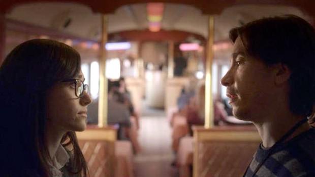 エミー・ロッサム&ジャスティン・ロングのカップル・ドラマが複数同時進行する『Comet』