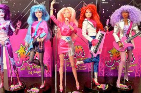 jem-and-the-holograms-us-release_00