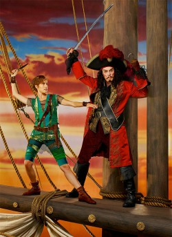peter-pan-live-trailer_01