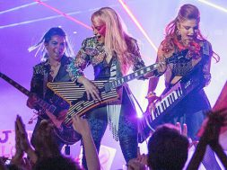 jem-and-the-holograms-1st-photo_00