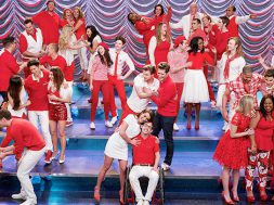 glee-final-song-i-lived_00