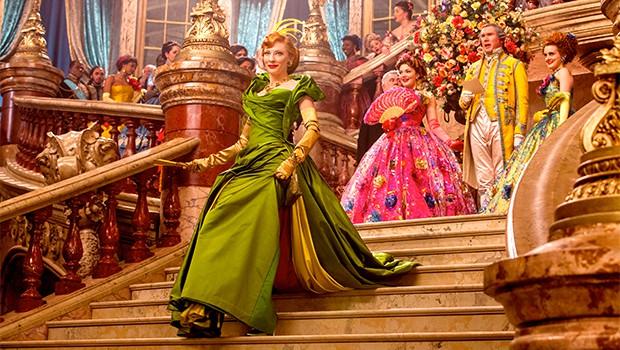 『シンデレラ』全世界5億ドル突破!日本でも2週連続1位!