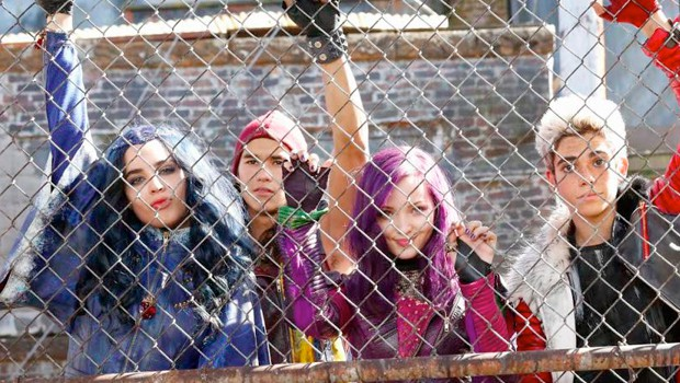 descendants-first-6min_00