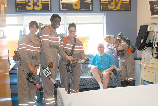 ghostbusters-at-hospital_03