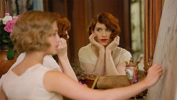 世界初の性転換手術を受けた男性をエディ・レッドメインが演じる『The Danish Girl』予告編