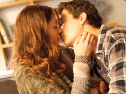 two-night-stand-j-trailer_00