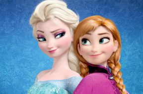frozen-holiday-sp-bw-musical_00