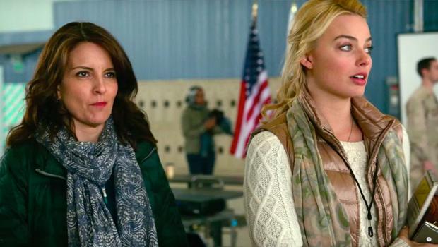 ティナ・フェイ主演、女性記者から見たアフガニスタンをキューティーに描く『Whiskey Tango Foxtrot』予告編第2弾
