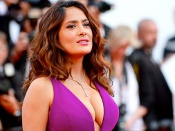 beatriz-at-dinner-salma-hayek_00