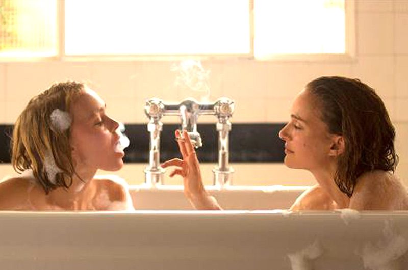 ナタリー・ポートマン&リリー・ローズ・デップが姉妹役で共演『Planetarium』公開決定!ベネチア国際映画祭プレミアレポート