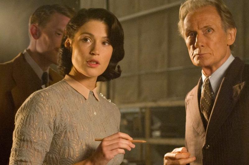 第2次大戦時イギリスで戦意高揚映画のために雇われたロマンスが得意な女性ライターを描く『Their Finest』