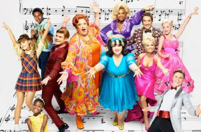 hairspray-live-you-cant-stop-the-beat_00