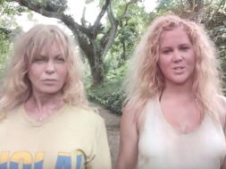amy-schumer-goldie-hawn-snatched_00