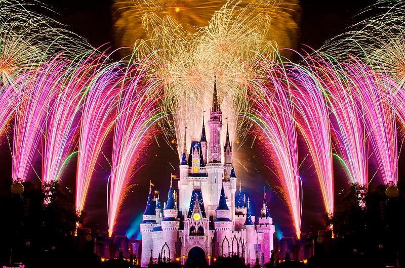 米ディズニー・ワールド花火ショーの新テーマ曲とショーのメイキング映像