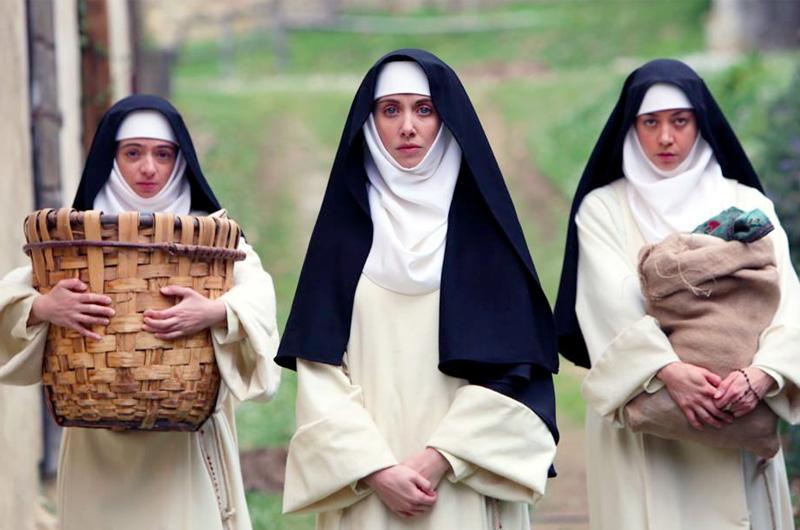 アリソン・ブリー、オーブリー・プラザ、ケイト・ミクーチが不良修道女を演じる『The Little Hours』が好スタート