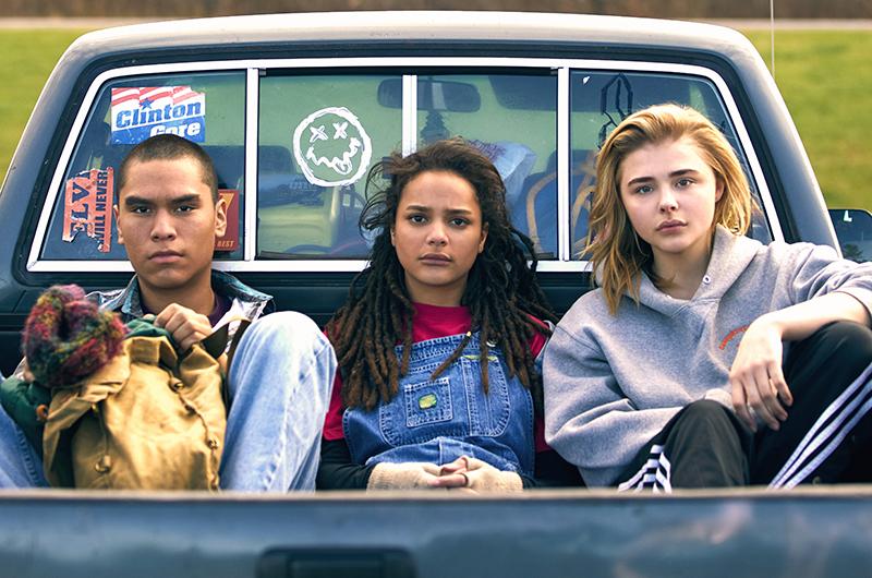 クロエ・グレース・モレッツが親友に恋するレズビアンを演じる『The Miseducation of Cameron Post』公式写真公開