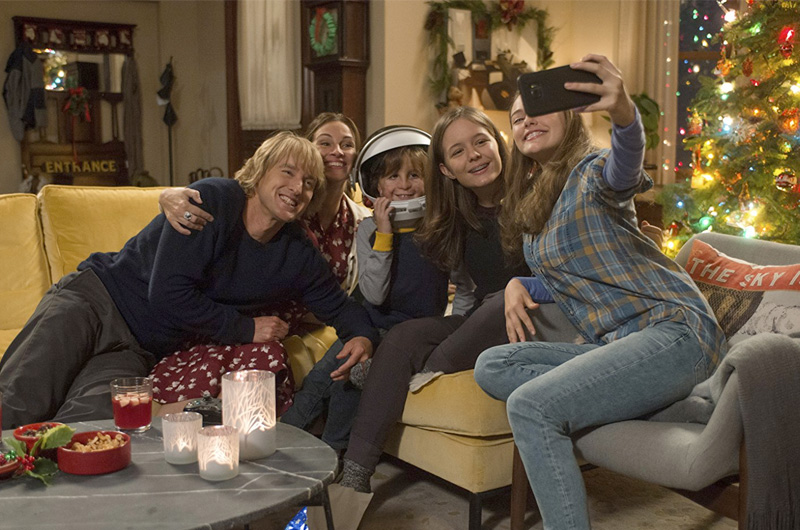 ジュリア・ロバーツ出演、顔に障がいを持つ男の子を描く感動作『Wonder』の全世界興行収益が2億ドルを突破!