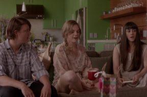 コンスタンス・ウー&アンジェラ・トリンバー共演、結婚を控えたレズビアン・カップルを描く『The Feels』予告編