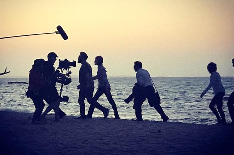 シャーリーズ・セロンとセス・ローゲンが対決するコメディ映画『Flarsky』の全米公開日が変更(撮影風景の写真あり)