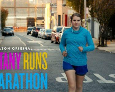 生活習慣病を脱するべくジョギングをはじめた女性がやがてフルマラソンに挑戦する『Brittany Runs a Marathon』予告編