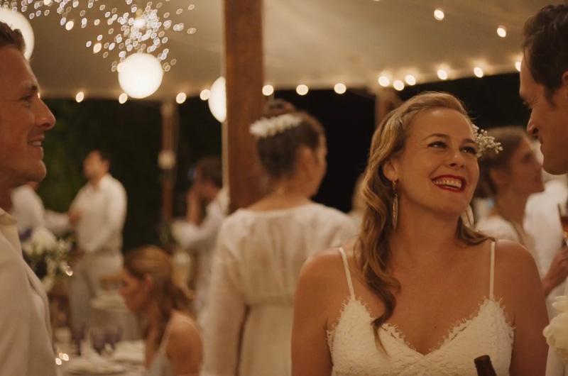 アリシア・シルバーストーン主演、兄の結婚を阻止しようとする妹の奮闘を描く『Sister of the Groom』